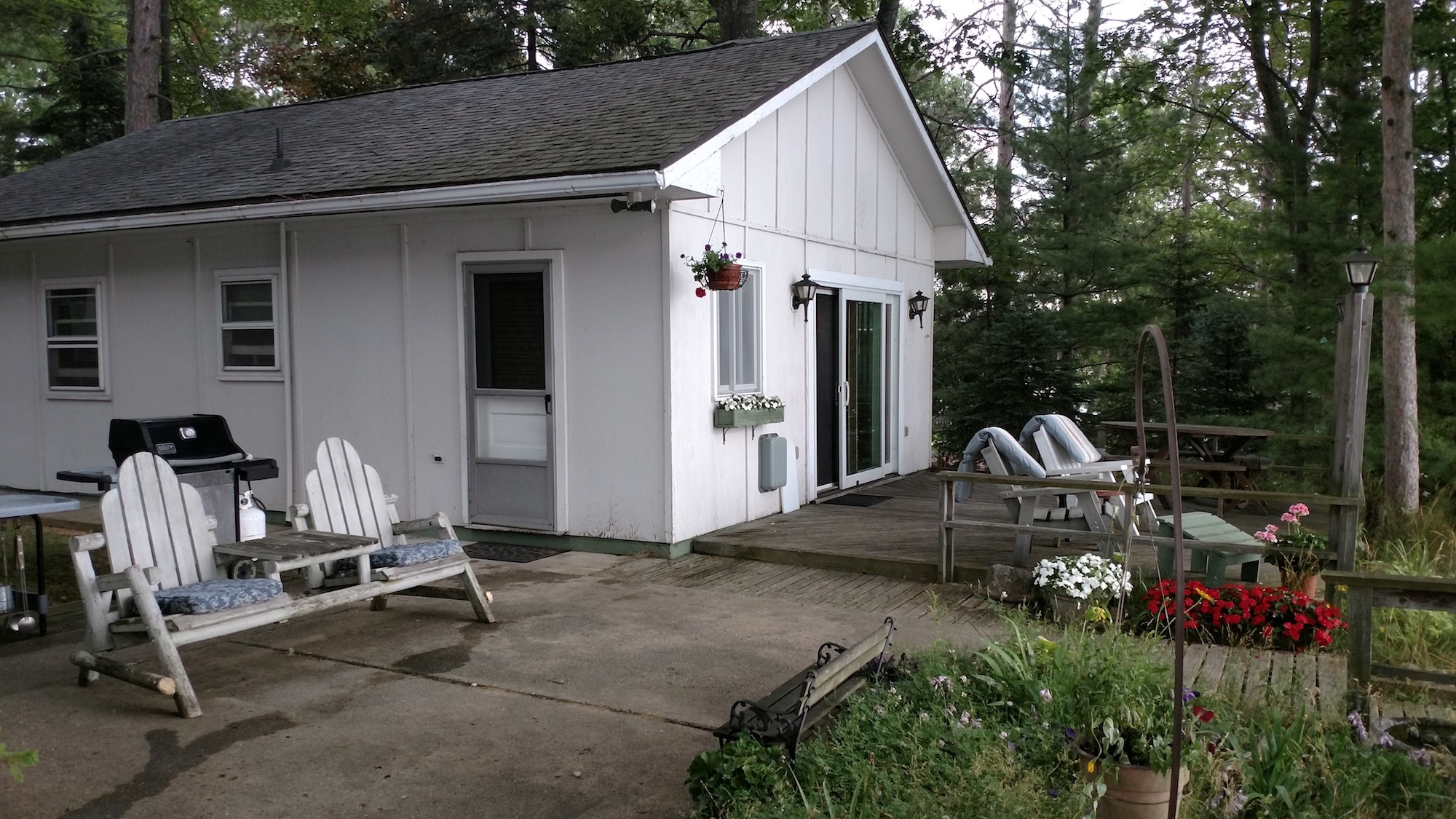 Waller cabin rental on Beautiful Spider Lake TC MI